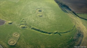 Windmill Hill, a large Neolithic causewayed enclosure in Avebury, was previously thought to have been built around 3700-3100 BC. The new dating shows it was built in 3700-3640 BC