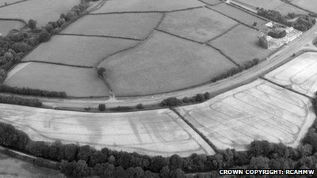 A tip-off from Dr Jeffrey Davies studying coin finds in central Wales led to this discovery of a previously unrecorded Roman fort complex