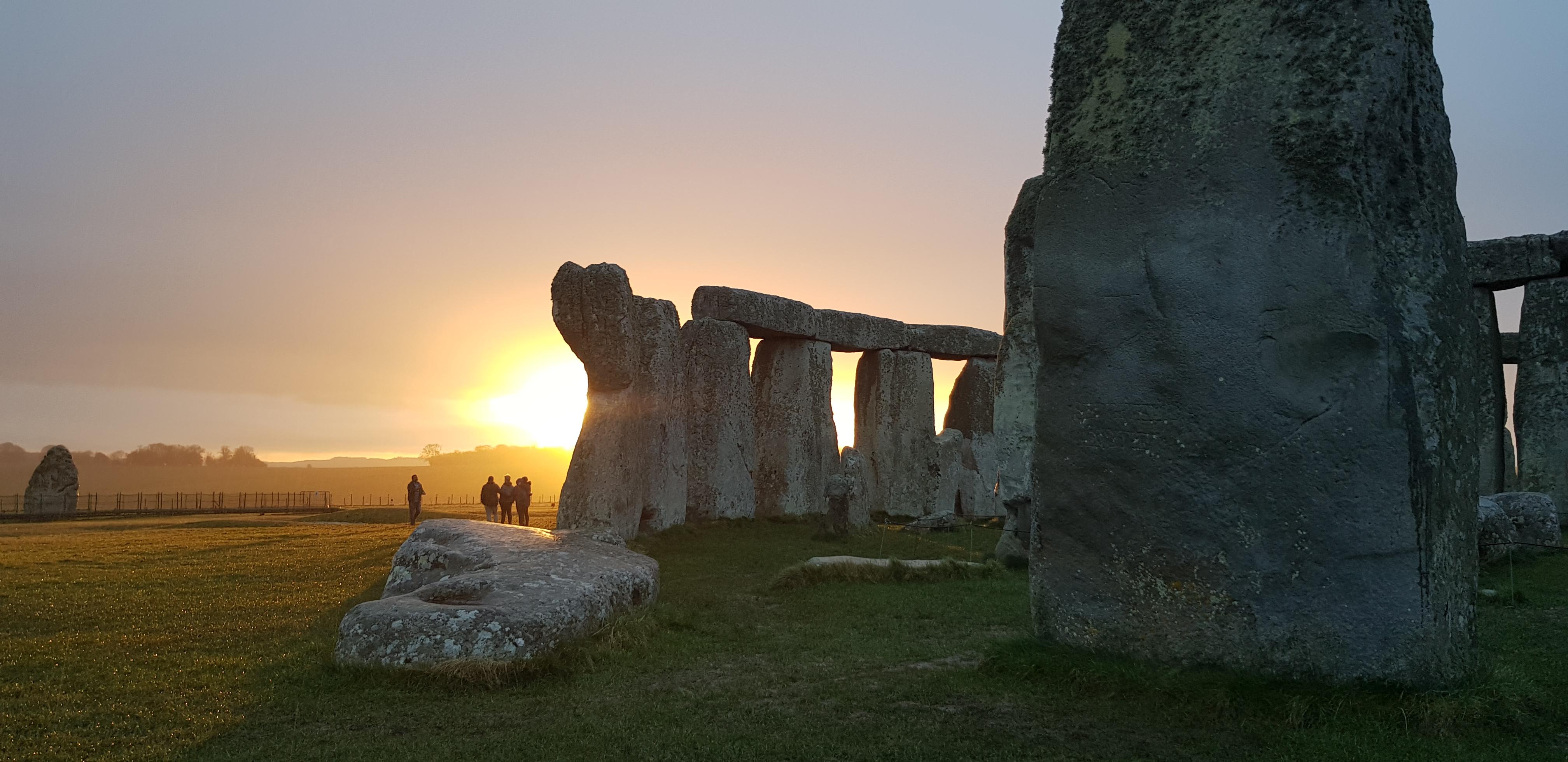 Stonehenge sunrise Tours